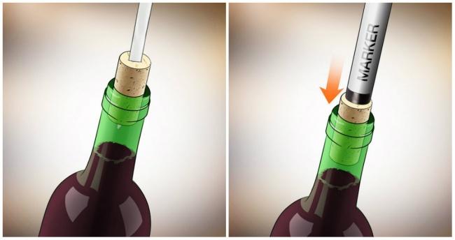 cách khui rượu vang bằng dao và bút