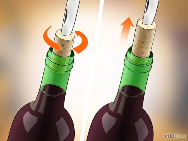cách khui rượu vang bằng dao